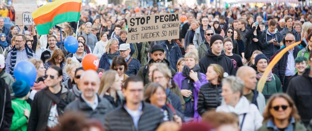 Demonstration 'Herz statt Hetze' in Dresden