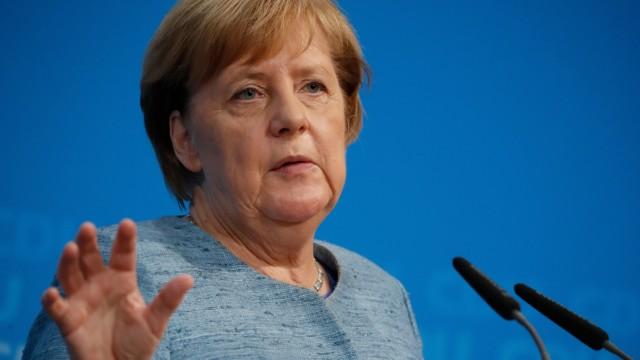 Angela Merkel auf einer Pressekonferenz