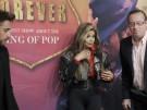 """""""Sie zeigt sein Herz"""" - La Toya unterstützt Jackson-Show (Vorschaubild)"""