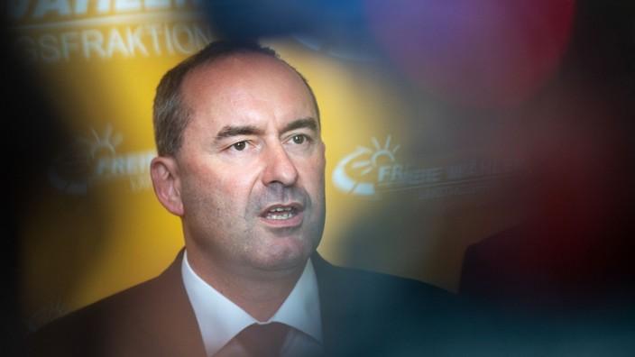 Hubert Aiwanger, Parteichef der Freien Wähler, nach der Landtagswahl in Bayern