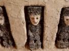 Jahrhundertealte Holz-Skulpturen ausgegraben (Vorschaubild)