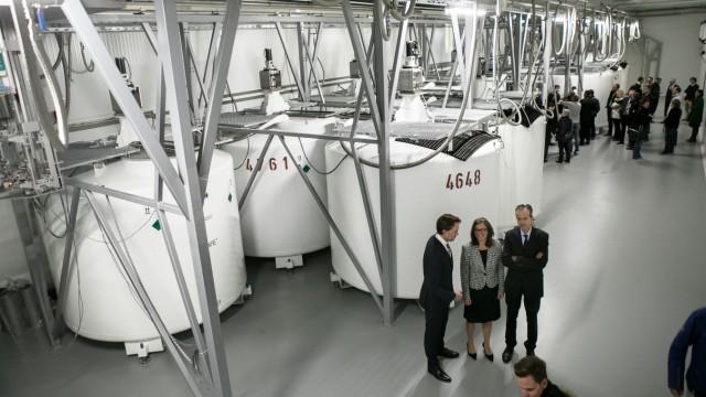 Eröffnung Neubau des zentralen Bioprobenlagers für die deutschlandweite NAKO Gesundheitsstudie am Helmholtz Zentrum München