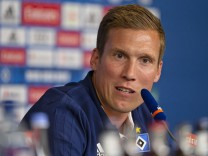 Hamburger SV Unveils New Signing Head Coach Hannes Wolff