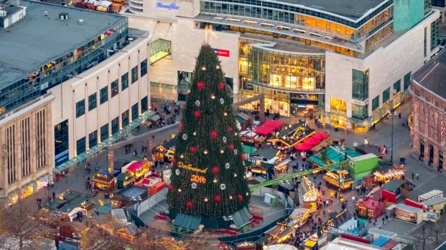 Größter Tannenbaum Deutschlands.Ruhrgebiet Wer Hat Den Größten Weihnachtsbaum Der Welt Panorama