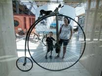 Sonderausstellung Balanceakte - 200 Jahre Radfahren im Verkehrszentrum des Deutschen Museums Am Bavariapark 5