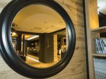 Unterhaching, Eröffnung des Restaurant Leonardo im Hotel Hilton nach Umbau und Neugestaltung