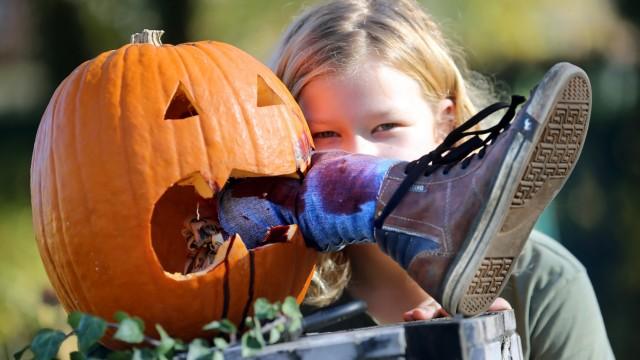 Gruseliger Kürbis zu Halloween
