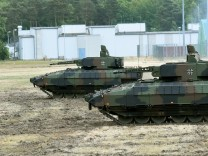 """Bundeswehr - Panzer """"Puma"""" bei einer Übung"""