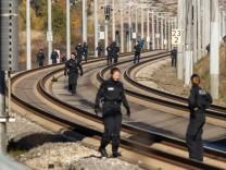 Polizei sucht ICE-Strecke nach Stahlseil-Vorfall erneut ab