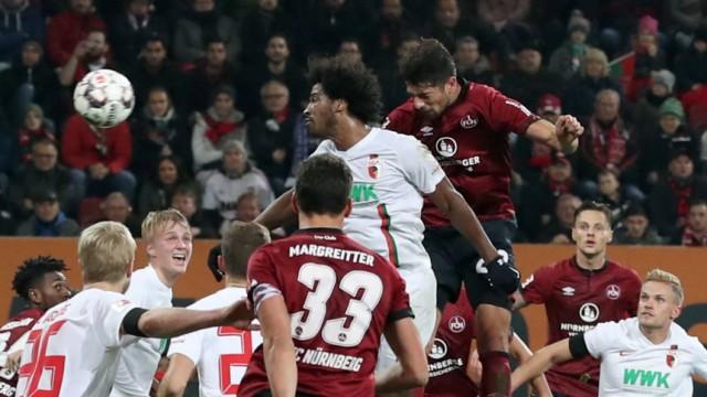 03 11 2018 Fussball Saison 2018 2019 1 Fussball Bundesliga 10 Spieltag 1 FC Augsburg