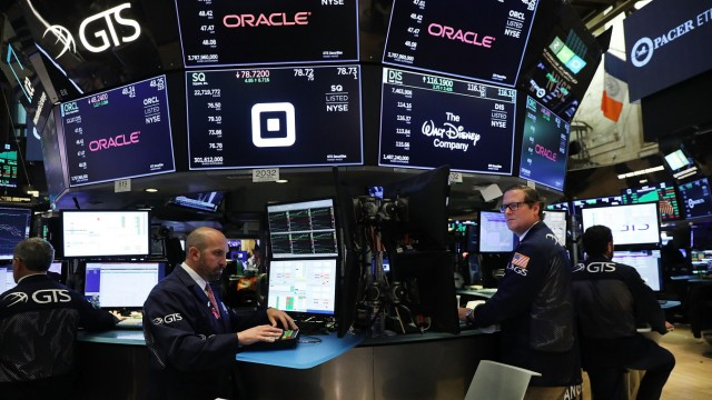 Dow Jones Industrials Average Rises Over 400 Points, Erasing Loses From Earlier In Week