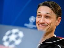 Niko Kovac auf einer Pressekonferenz