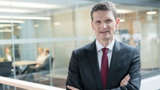 Munich Re Munich Re-Finanzchef Schneider