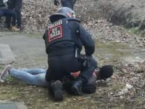 Ein Polizeieinsatz in einer Asylunterkunft in Donauwörth geriet im März 2018 außer Kontrolle.