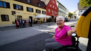 Behinderten/SEniorengerechte Ampel Ebersberg