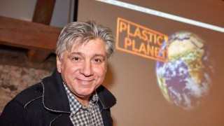 Werner Boote zeigt seinen Film Plastic Planet