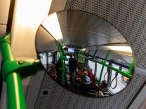 Testfahrt mit den Wegbereitern der neuen Buslinie 218 in Unterschleißheim am 09.11.2018.