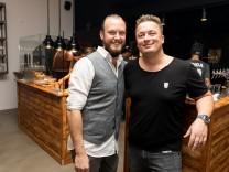 Die Eröffnung der neuen Restaurantkette NineOfive in der Herzogstraße 29 in München am 09.11.2018.