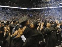 College-Absolventen des Baruch College