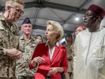 Verteidigungsministerin von der Leyen im Niger