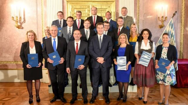 Söders neue Minister-Riege: In Bayern wurde das neue Kabinett vereidigt.