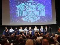 Talkrunde mit jungen Menschen zum Schwerpunktthema der Synodentagung der Evangelischen Kirche in De