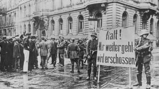 Kapp-Soldaten riegeln das Regierungsviertel in Berlin ab, 1920