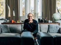 Reto Brunner, ehemaliger Art-Direktor der deutsche VOGUE und heutiger Kurator der Photo18-Messe auf der Praterinsel, am 12.11.2018 in München.
