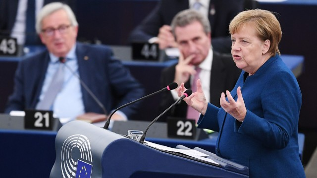 Thema des Tages Kanzlerin im EU-Parlament