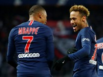 Ligue 1 - Paris St Germain vs Lille