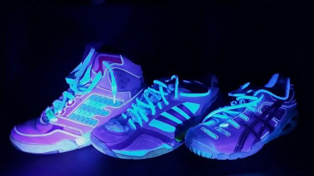online retailer e51d8 f8ef7 Starnberg - Physiklehrer bringt Schuhe zum Leuchten ...