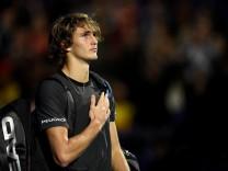 Sieg gegen Federer: Zverev zieht ins ATP-Finale ein - und wird ausgepfiffen