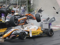 Formel 3 - Unfall von Sophia Flörsch
