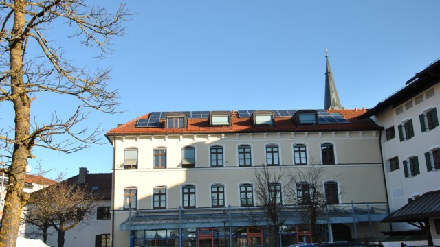 Raiffeisenbank Holzkirchen-Otterfing eG Marktplatz 11 83607 Holzkirchen
