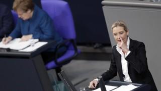 Merkel Weidel Bundestag