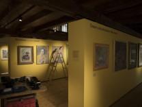 Vorbereitungen zur Ausstellung Heinz Braun Museum Fürstenfeldbruck