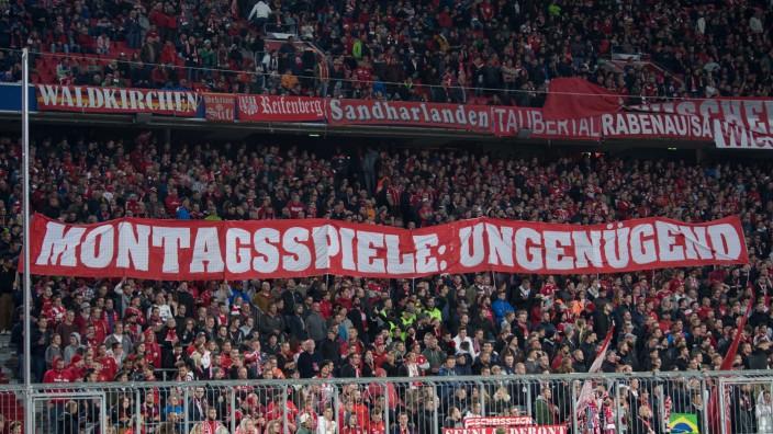 Fussball Erfolgreicher Fanprotest Gegen Montagsspiele
