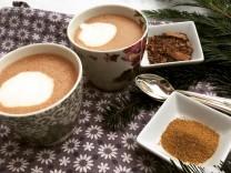 Nur für Das Rezept Heiße Schokolade mit fünf Gewürzen von Maria Sprenger