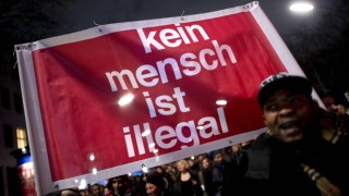 Demo Asylpaket DEU Deutschland Germany Berlin 16 02 2016 Demonstranten mit Transparent Kein Mens