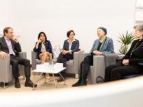 Pressekonferenz zum zehnjährigen Bestehen des Vereins Lebensmut, Poliklinik München, 21.11.2018.