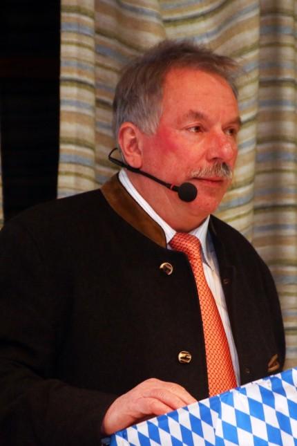 Walter Bleimaier bei der Bürgerversammlung; BGV Inning