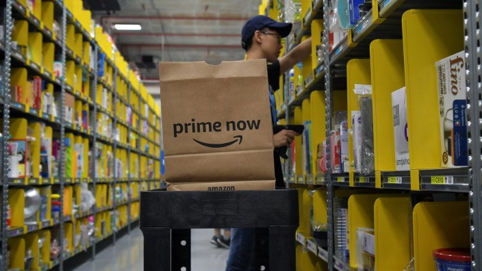 Amazon will be launching Prime Now; its two-hour delivery service in Singapore on July 27. To mark this momentous occasion; Amazon Prime Now will be hosting a press conference to provide more details on this innovative new service as well as provide a tou
