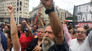 Government aid protest ahead of G20 Summit in Buenos Aires