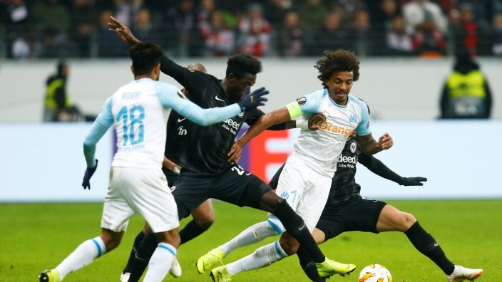 Luiz Gustavo beim Europa-League-Spiel Eintracht Frankfurt gegen Olympique Marseille