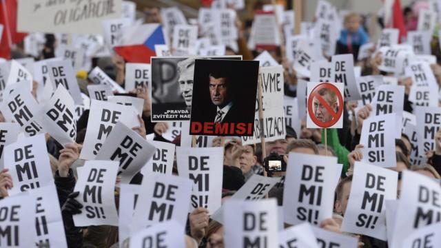 Demonstration gegen Tschechiens Regierungschef Babis