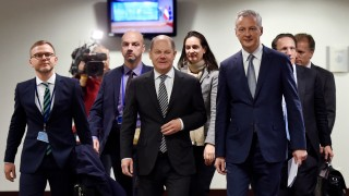French Economy Minister Le Maire and German Finance Minister Scholz arrive for a news conference in Brussels