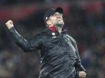 Jürgen Klopp jubelt nach dem Tor von Origi gegen den FC Everton