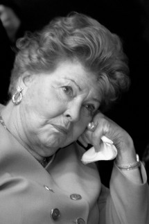 VERLEGERIN AENNE BURDA WIRD 90 JAHRE ALT