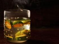 Nur für Das Rezept Hot Ti Punch: Friesisch-karibischer Weihnachtscocktail von Hans Gerlach