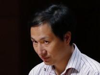 Gen-Forscher He Jiankui spricht in Hongkong